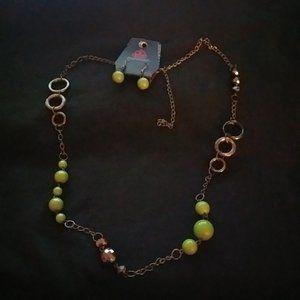 Paparazzi Medium Length Necklace #439 Green